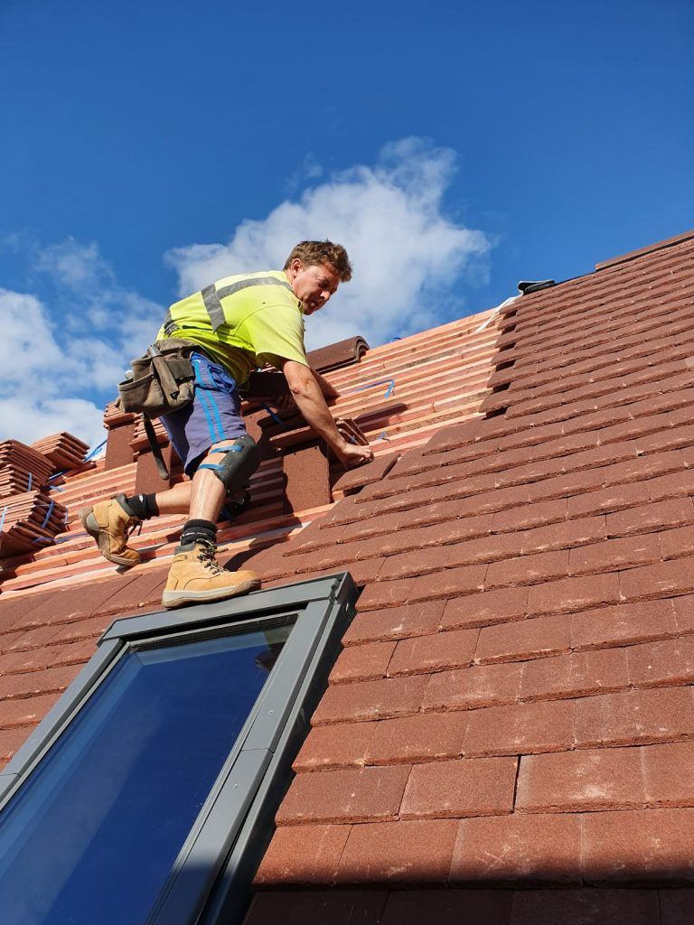 professional roofers in Binfield